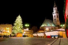 Mercatini di Bolzano notturna