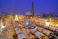 Mercatini-di-Natale-Merano-piazza