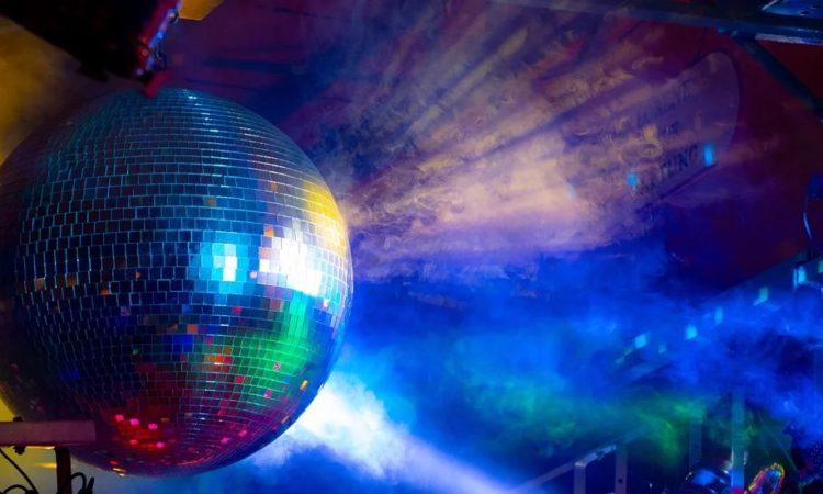 Capodanno in discoteca-home